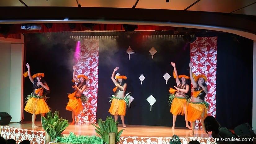 Paul Gauguin Cruises Tahiti & Society Islands Luxury Travel Virtuoso Izumi Ogawa Trip agent vacation advisor Vision French Polynesia Cruise ship boat