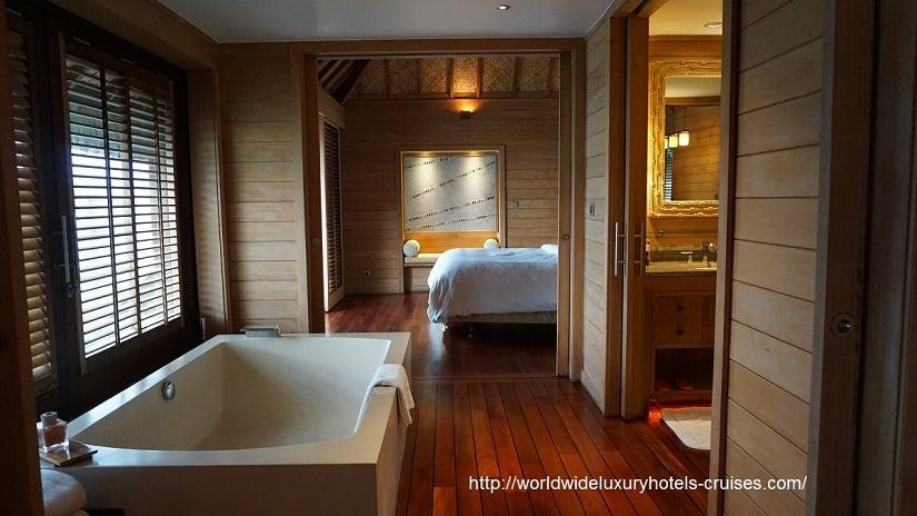 Four Seasons Resort Bora Bora Overwater Bungalow