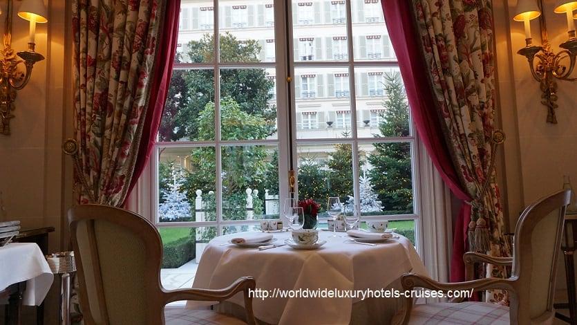 エピキュール ルブリストルパリス Izumi Ogawa ラグジュアリートラベルアドバイザー パラスホテル パリ フランス Bristol Paris