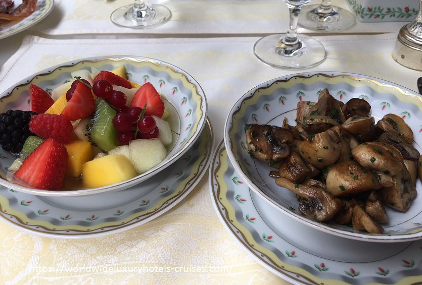 Four Seasons Hotel George V Paris Luxury Travel Virtuoso Izumi Ogawa Trip agent vacation advisor Vision Europe celebrity room hotel book blog review property elegance high-end restaurant Michelin star