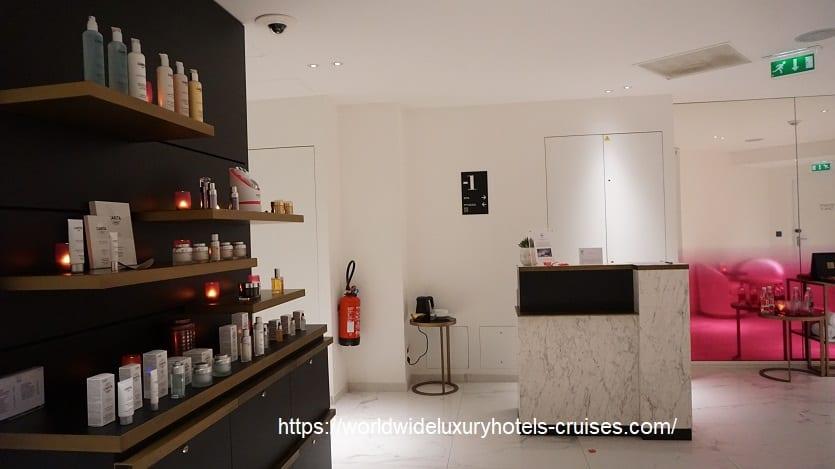 フォションロテルパリ ジュニアスィート  フォションホテル フォションロテルパリ Fauchon L'Hotel  パリ フランス パリ5つ星ホテル ラグジュアリーホテル グルメバー ジュニアスィート カリタスパ